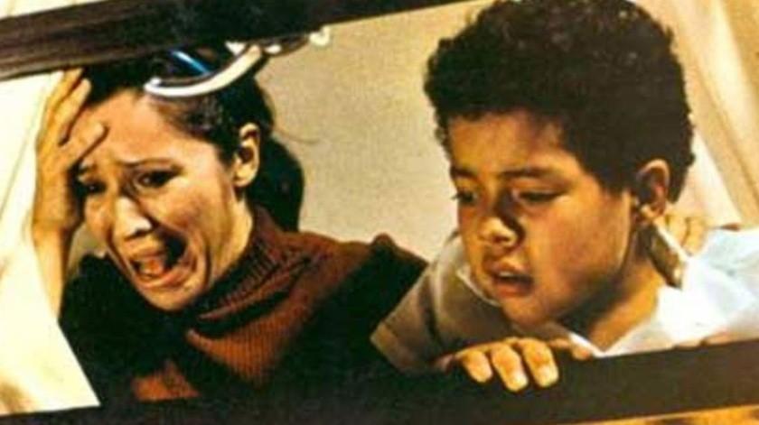 El guión de Guadalupe Ortega y Xavier Robles, Bengalas en el cielo, se escribió basado en testimonios de familias y sobrevivientes de los hechos ocurridos el 2 de octubre de 1968.(Cortesía)