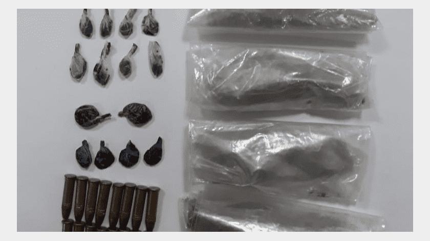Policía de SLRC asegura cartuchos y droga tras persecución(Cortesía)