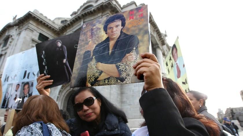 FOTOS: Homenaje a José José en Bellas Artes(EFE)
