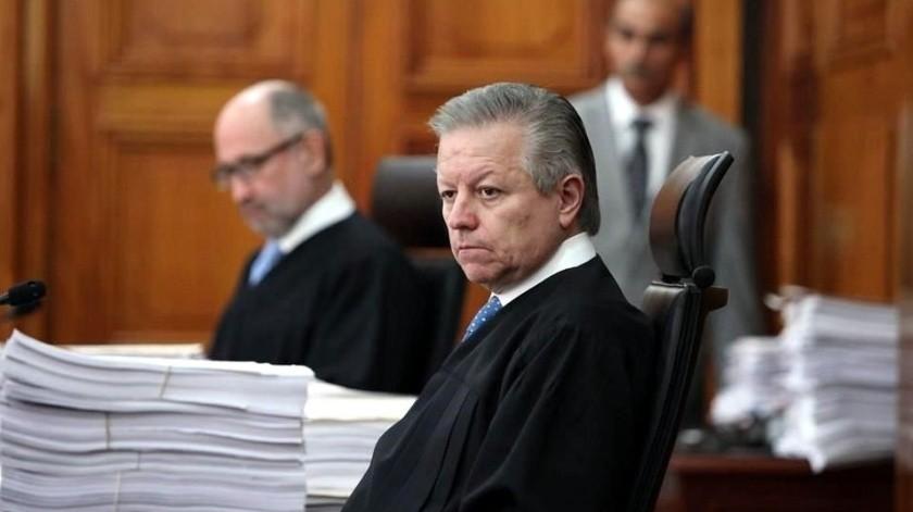 Calderón me presionó para resolver ciertos casos, revela ministro Zaldívar