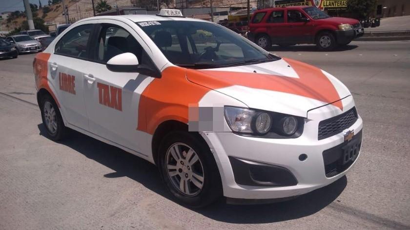 Suman más de 30 taxis libres que han sido sacados de circulación.