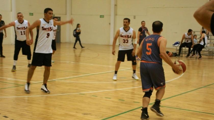 SIAM-Sieg avanzó a semifinales en el Torneo de Basquetbol de Veteranos(Cortesía)