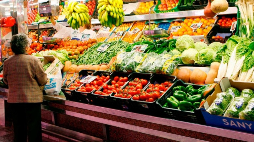 La papaya fue el genérico que más aumentó su costo durante septiembre.
