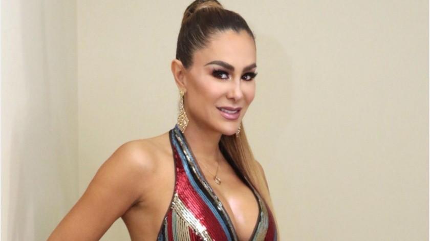 La actriz Ninel Conde recibió corazones, flores, miradas enamoradas y muchos halagos en redes sociales por una fotografía que compartió en su cuenta de Instagram en la que luce un bikini sensual que dejó ver su galanura.(Tomada de la red)