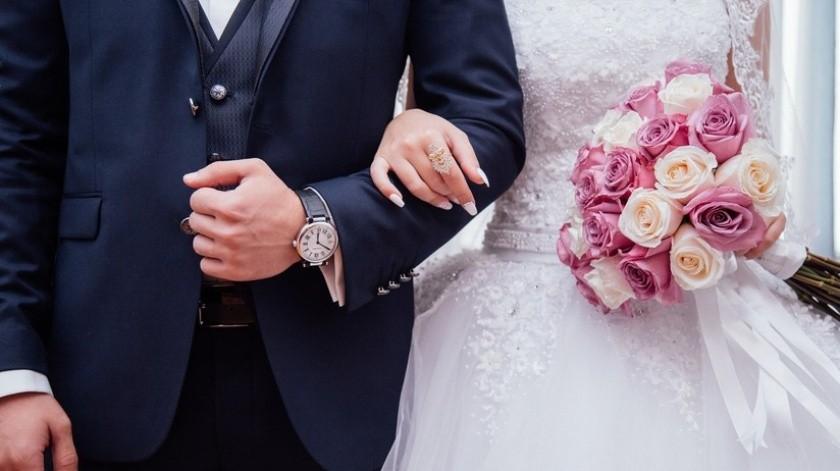 Declara por error 'marido y mujer' a los padrinos de la boda(Pixabay)