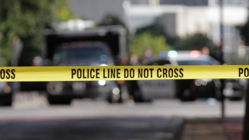 Cuatro hombres fueron declarados muertos, mientras que tres personas con heridas de bala -dos hombres y una mujer- fueron trasladadas a un hospital de la zona.(EPA, EPA)