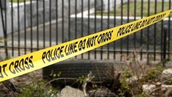 Al parecer, el delincuente asesinó a su esposa tras una discusión y después a su hijastro de 11 años, por haber presenciado el ataque.