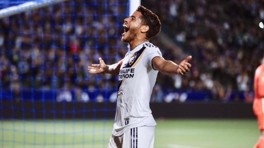 Por lo pronto, el menor de los Dos Santos no esta a la venta y aún le restan dos años de contrato.(Twitter)