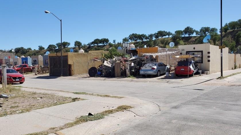 Las casas abandonadas o invadidas son parte de los problemas que tienen en La Mesa.(Rubén Ruiz)