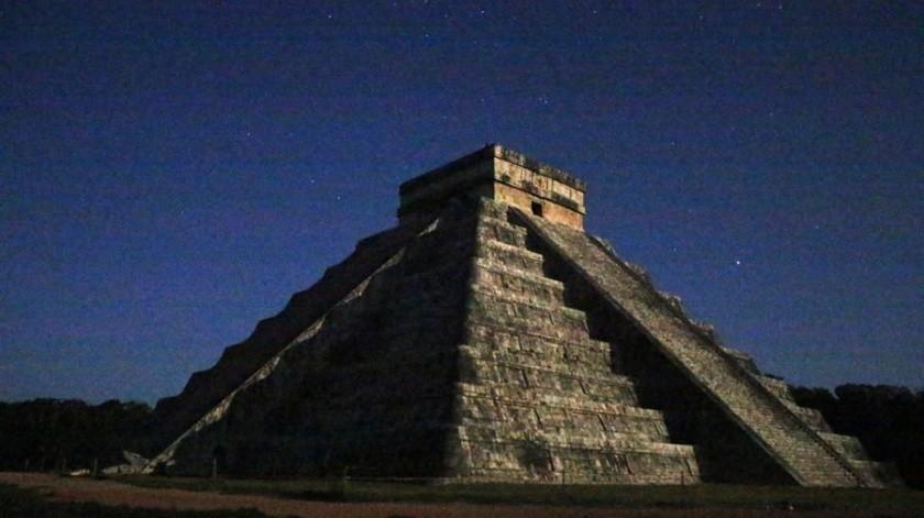 El fenómeno de la Serpiente Lunar se registra dos veces al año.(EFE)