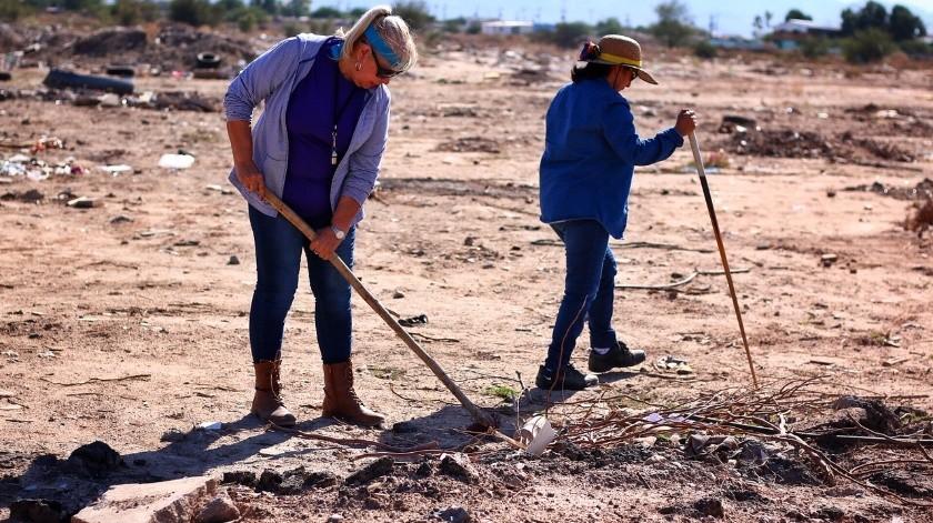 Buscan mamás restos de hijos en Mexicali(Saúl Martínez)