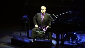 Jackson era una persona perturbadora y padecía una enfermedad mental: Elton John