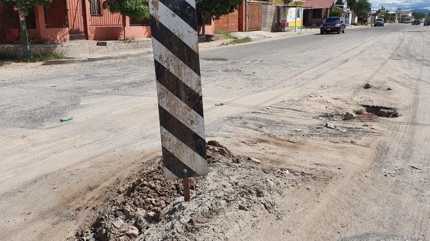 En Nudo Mixteco y Sierra de las Huertas hay un señalamiento que colocó una personas que pasaba por el lugar.(Julián Ortega)