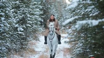 Preparan publicidad de Kim Jong-un montando a caballo en monte sagrado