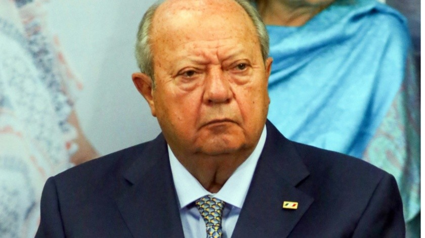 Quien estuvo al frente del sindicato por más de un cuarto de siglo, Carlos Romero Deschamps, pidió a sus huestes mantener la unidad y no permitir que otro grupo se adueñe del gremio.(Agencia Reforma)