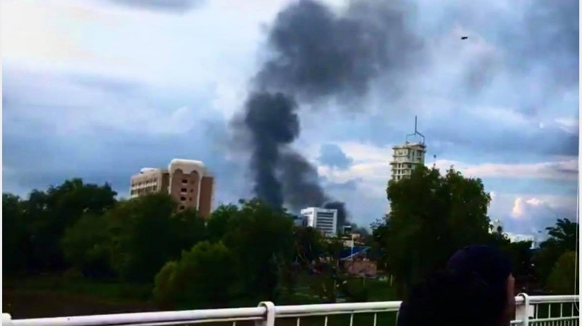 Ciudadanos de Culiacáncaptaron videos de enfrentamientos armados vividos en distintos puntos de la ciudad, lo que generó un caos general en la población mexicana.(Cortesía)