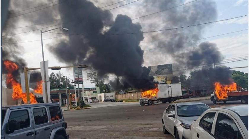 El secretario de Seguridad Pública de Sinaloa, Cristóbal Castañeda, dijo a la agencia mexicana Notimex, que este mismo día, entre 20 y 30 personas se fugaron del penal de Aguarato en Culiacán.(EFE)
