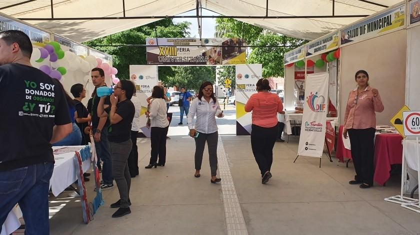 La Feria de la Salud Universitaria cuenta con más de 60 stands informativos y de consulta.(Tanya Vásquez)