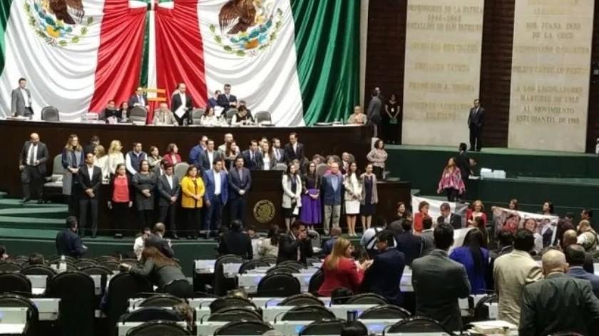 Mujeres y niños serán prioridad en Senado(GH)