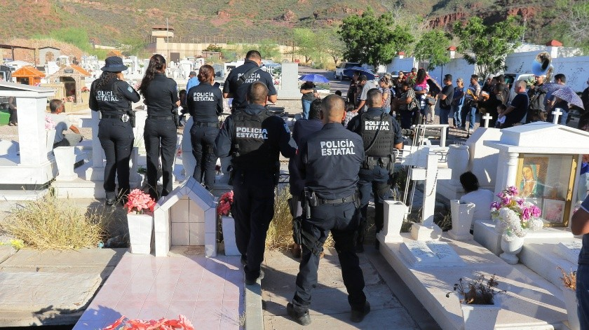 Morera Mitre insistió en que los policías del país están desprotegidos, sobre todo a nivel municipal, ya que éstos representan más de 50% del total de efectivos asesinados en lo que va de este sexenio.(El Imparcial)