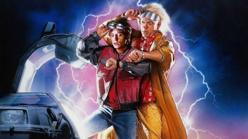 Regreso al futuro es protagonizada por Michael J. Fox y Christopher Lloyd.