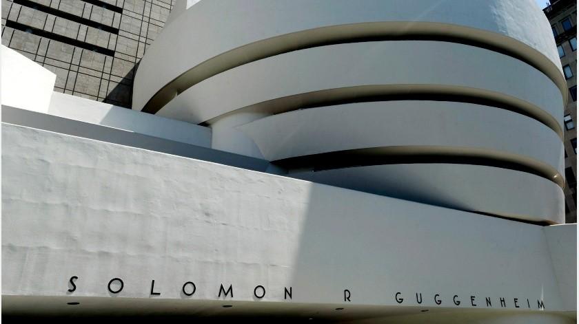 El emblemático edificio del Museo Guggenheim de Nueva York, diseñado por el célebre arquitecto Frank Lloyd Wright, cumple este lunes 60 años, y para celebrar el importante aniversario la institución cultural ha publicado una audioguía sobre la particular estructura.(EFE)