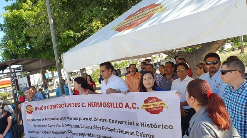 Comerciantes se manifestaron.(Mirna Lucía Robles.)