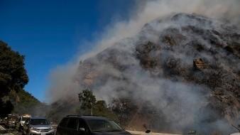 Prevén cortes eléctricos en California ante condiciones climáticas peligrosas