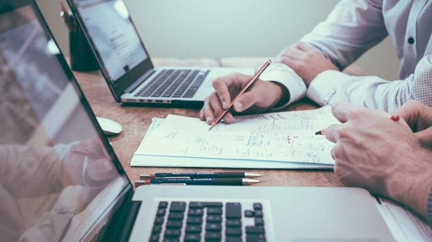 Las empresas podrían recibir multas si no cuidan a sus trabajadores del estrés laboral.