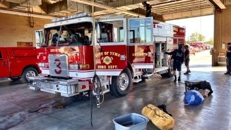 Van bomberos de El Centro a incendios en San Bernardino