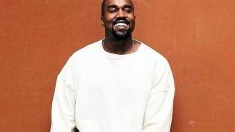 Kanye West tiene 42 años.