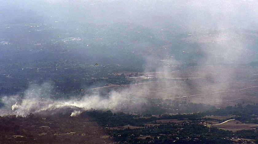 Este es uno de varios incendios reportados en el condado de San Diego(Cortesía SDG&E)