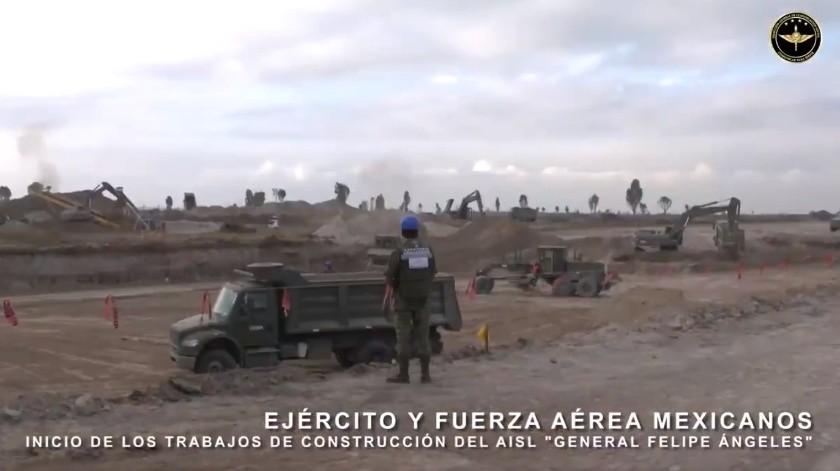 La Sedena compartió las primeras imágenes de los trabajos de construcción del aeropuerto en Santa Lucía.