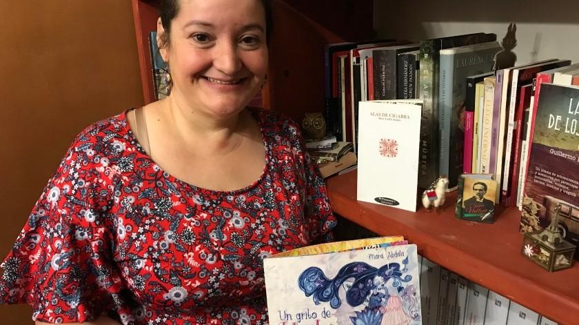 Mara Abdala desde hace doce años es mediadora de lectura, un trabajo poco común en una ciudad norteña como Hermosillo.(Banco Digital)