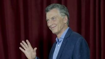 Con el 90,92 % de las mesas escrutadas, Macri obtuvo un 40,67 % de los sufragios, por detrás del vencedor, el opositor peronista Alberto Fernández, con el 47,82% .