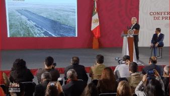 El Presidente mostró un video con el avance en la obra a cargo de la Secretaría de la Defensa Nacional.