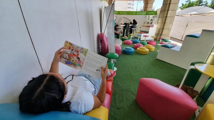 """El módulo del """"Programa de Fomento para el Libro y la Lectura"""" fue instalado en la Feria del Libro Hermosillo 2019 para la diversión de los niños.(Gamaliel González)"""