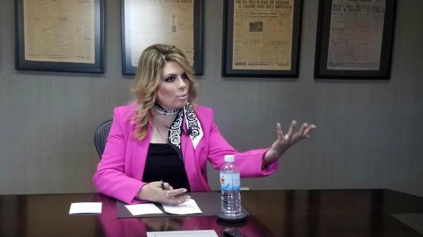 La legisladora del PAN dijo que llevará sus necesidades hasta el Congreso del Estado.(JUAN HERNÁNDEZ)