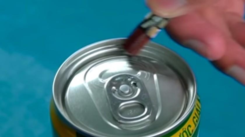 La razón por la que se puede abrir una lata de refresco solo frotando(Cortesía)