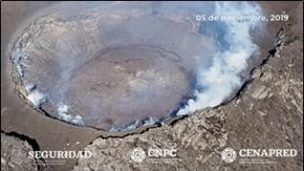 La CNPC recomienda evitar acercarse al volcán Popocatépetl y llama a respetar el radio de seguridad de 12 km.
