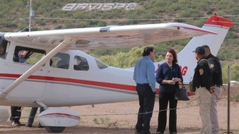 Arriba a Bavispe la fiscal Claudia Indira Contreras para seguimiento de caso LeBarón