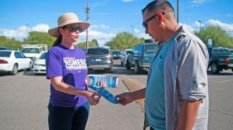 La alcaldesa electa de Tucson, Regina Romero, primera mujer latina en llegar a ese puesto, no cree en que una persona por sí sola pueda