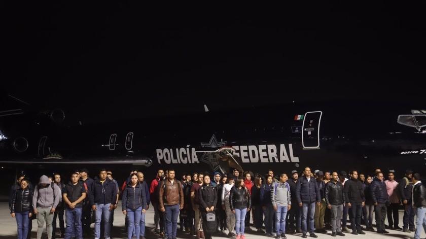 Con elel objetivo erradicar la delincuencia y establecer paz en Baja California esta noche llegaron 200 elementos de de la Guardia Nacional a la ciudad.(Jesús Bustamante)