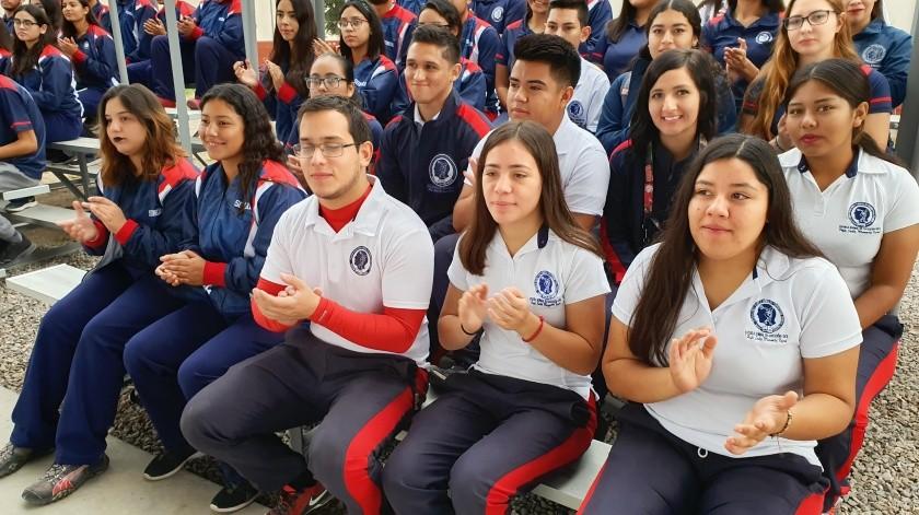 Celebra su 37 aniversario Normal de Educación Física(Julián Ortega)