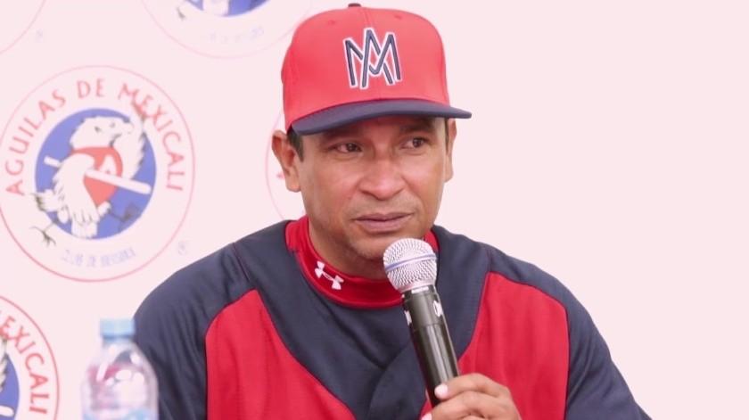 Águilas destituye a Dickerson y anuncia a Pedro Meré como mánager(Cortesía)