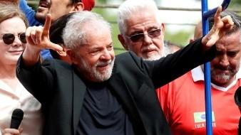Lula, líder histórico del Partido de los Trabajadores (PT), recuperó este viernes su libertad.