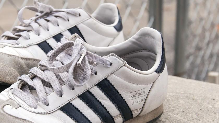 Adidas anuncia cierre de fábricas robotizadas en Alemania y EU(Ilustrativa/Pixabay)