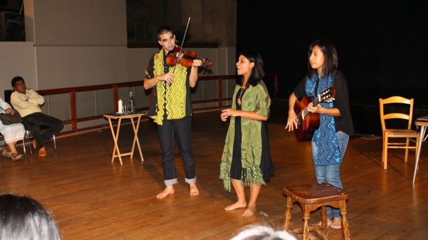 Josué Torres Boehme, Anelvira WolburgWendy y Alejandra Velázquez en la guitarra.(Cortesía)