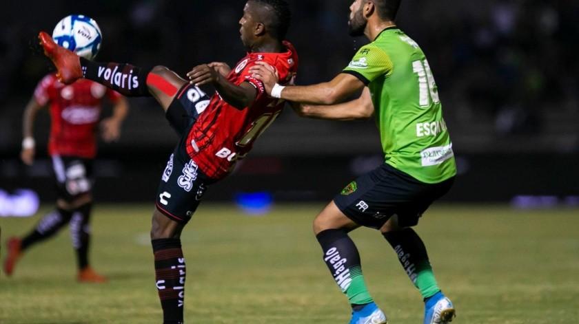 El panorama de Xolos hacía la liguilla se torna más complicado por las dos bajas que tendrán ante León en el última jornada, Miller Bolaños y Jordan Silva están suspendidos.