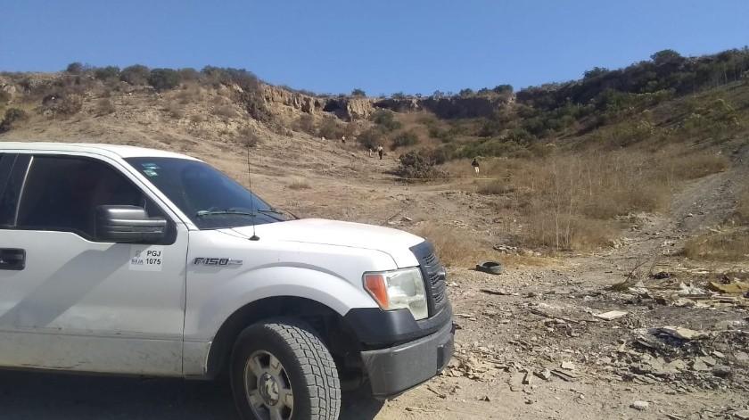 Al medio día fueron localizados un cuerpo calcinado y restos de osamenta en la calle Primera del poblado Ejido Matamoros en la delegación La Presa.(Margarito Martínez)